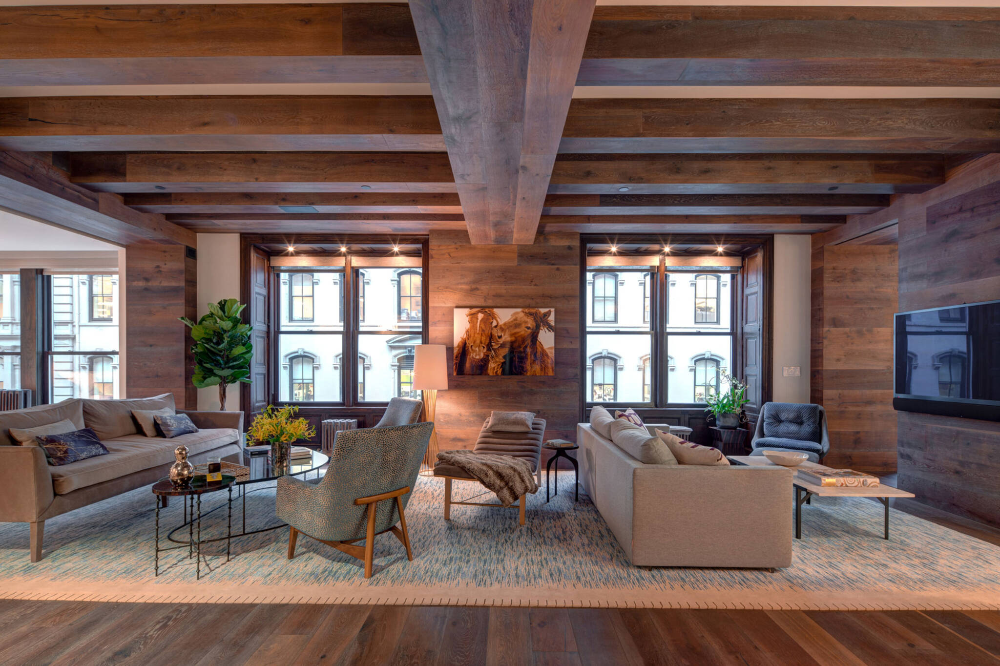 Renovation project of a loft in Union Square, New York City designed by the architecture studio Danny Forster & Architecture