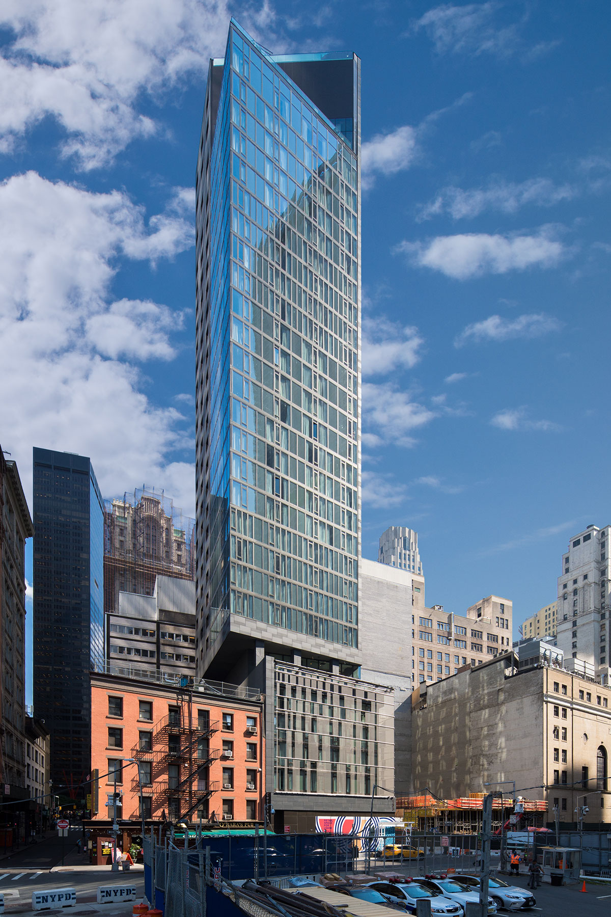 North facade of the World Trade Center Tower Courtyard by Marriott project on the 133 Greenwich street in Downtown Manhattan designed by the architecture studio Danny Forster & Architecture